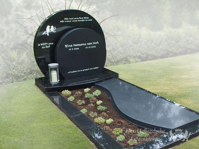 Grafsteen zwart natuursteen gepolijst den hollandsche gedenktekens